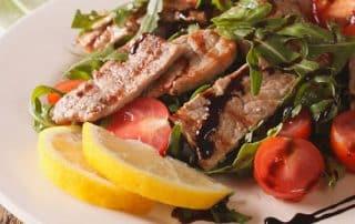 Stoffwechselkur Rezept Salat mit mariniertem Rindfleisch